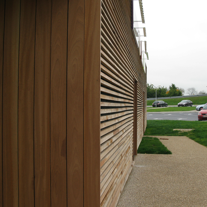French Motorway Services Building With Larch Cladding