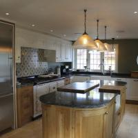Tidal Bespoke kitchen design and fitting