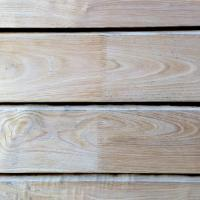 sweet chestnut finger jointed cladding showing grain details with joins lo